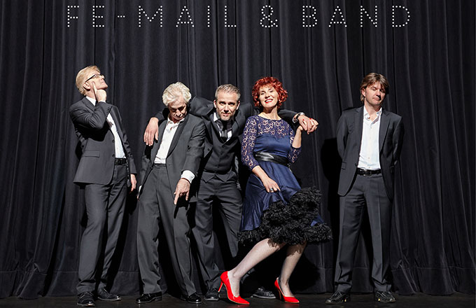 Fe-Mail & Band