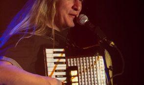 Bluesaholics Acoustic 33