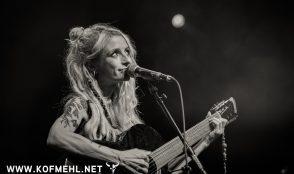 Sarah Lesch 20