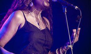 Samantha Martin & Delta Sugar @ blueMonday 9