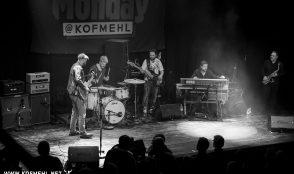 Henrik Freischlader Band @ Bluemonday 9