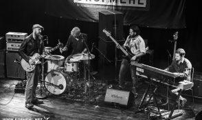 Henrik Freischlader Band @ Bluemonday 16